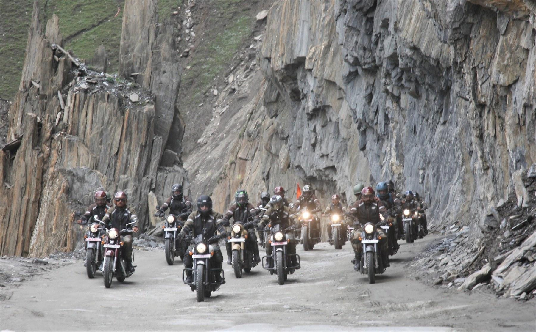Indian Army Dhruva Kargil Bike Ride On Kargil Vijay Diwas - 1