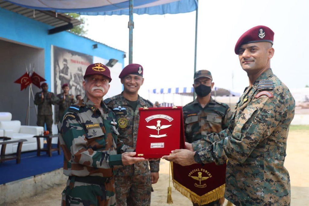 Maroon Beret Ceremonial Parade Of 69 Garud Commandos Air Force Special Forces Operatives - 1